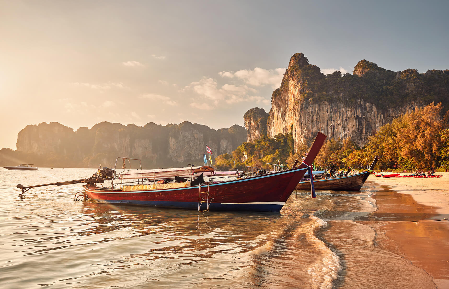 Private boat Koh Phi Phi to Railay beach